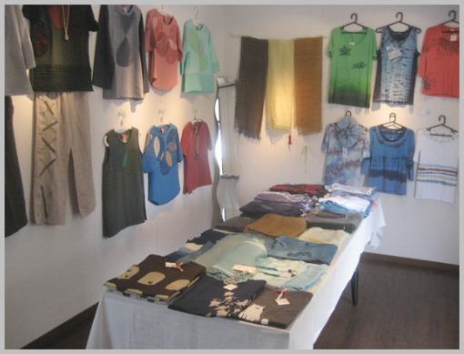 Tシャツ、ストール展2_f0143397_1231013.jpg