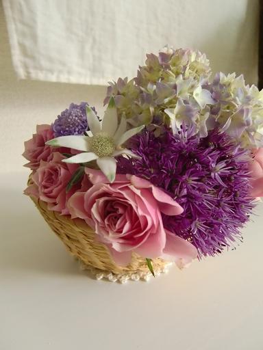 お花と布小物~かごのアレンジとコンパクトルームシューズの会~のお知らせ_f0168730_1718505.jpg