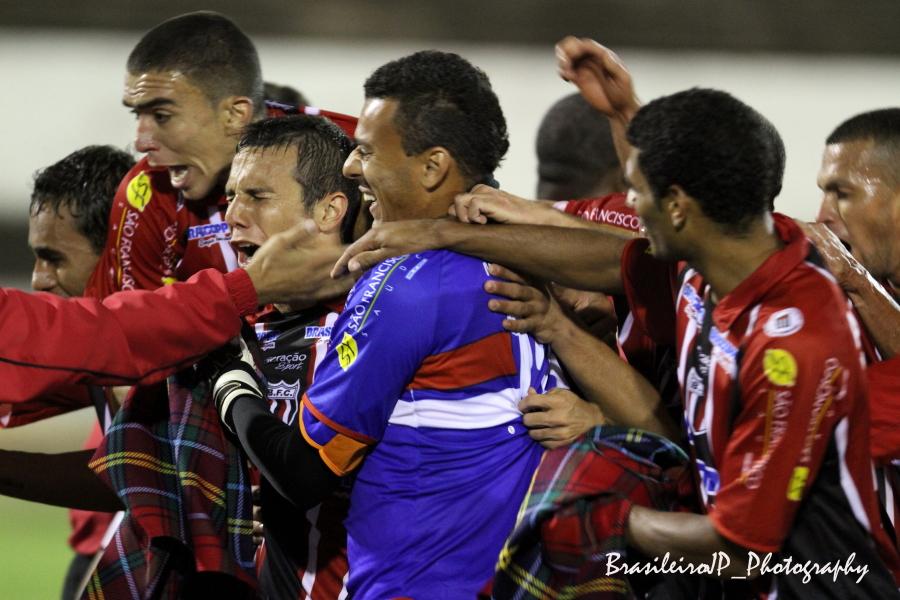 ブラジルサッカー_e0110461_9384929.jpg