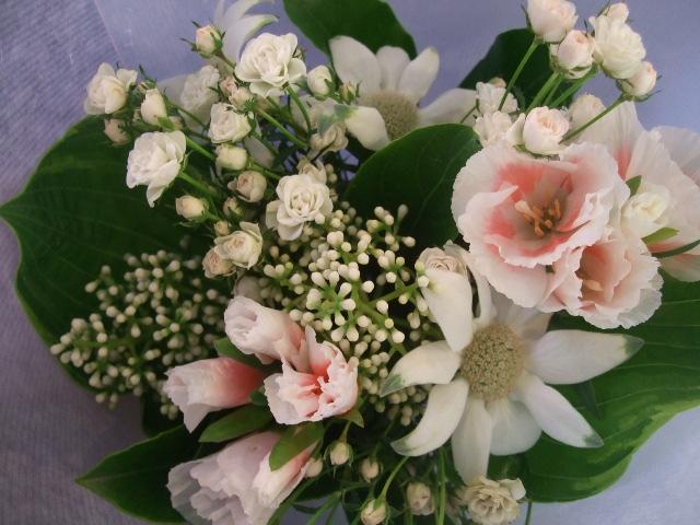 オークリーフ花の教室(中山さんと島崎さんの作品)_f0049672_14321732.jpg