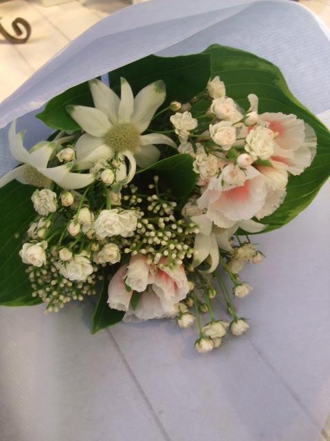 オークリーフ花の教室(中山さんと島崎さんの作品)_f0049672_14335136.jpg
