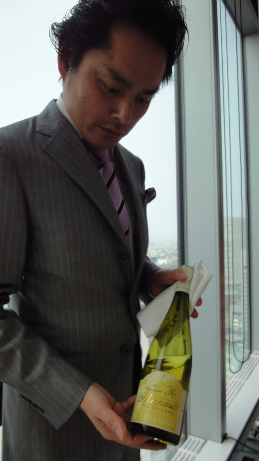 シャンパンビジネスランチ@ブノワ大阪_f0215324_17285877.jpg