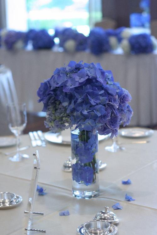 アジサイの青の装花 ホテルニューオータニ アザレア様へ_a0042928_16171457.jpg