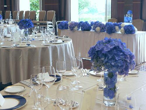 アジサイの青の装花 ホテルニューオータニ アザレア様へ_a0042928_16173456.jpg