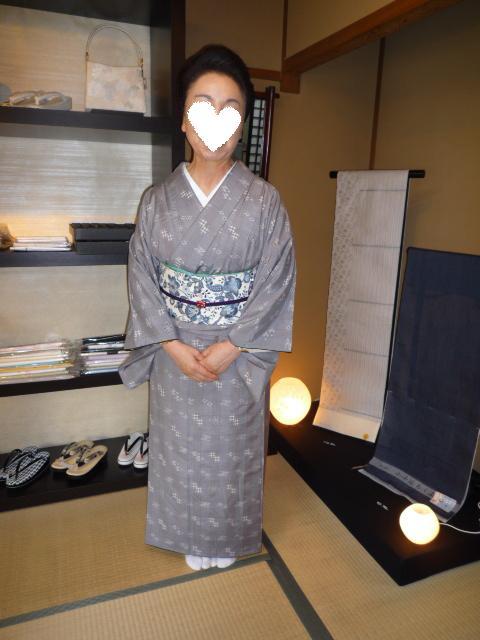 お客様の着こなし・琉球絣に更紗の帯。_f0181251_2055353.jpg