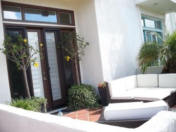 素敵過ぎるビーチハウスその1@サンディエゴ_e0183383_2265948.jpg