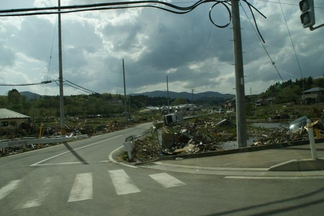 気仙沼、南三陸町、三陸の復旧、そして復興に向かって・・・・(82)_d0181492_1450474.jpg