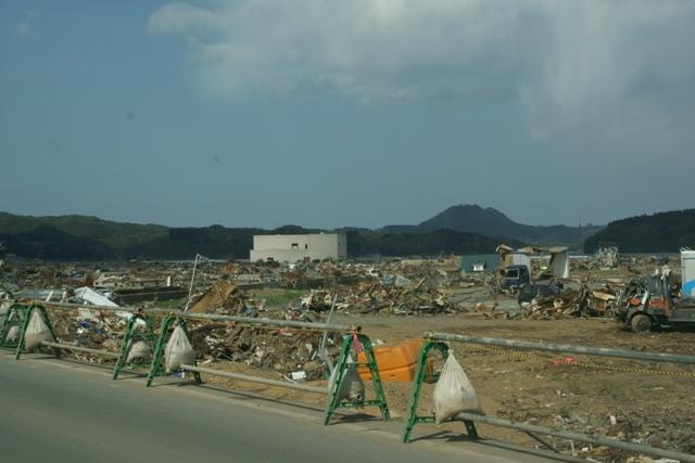 気仙沼、南三陸町、三陸の復旧、そして復興に向かって・・・・(82)_d0181492_1452925.jpg