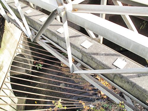 千川上水橋梁と地上に姿を現す千川上水_c0163001_23462589.jpg