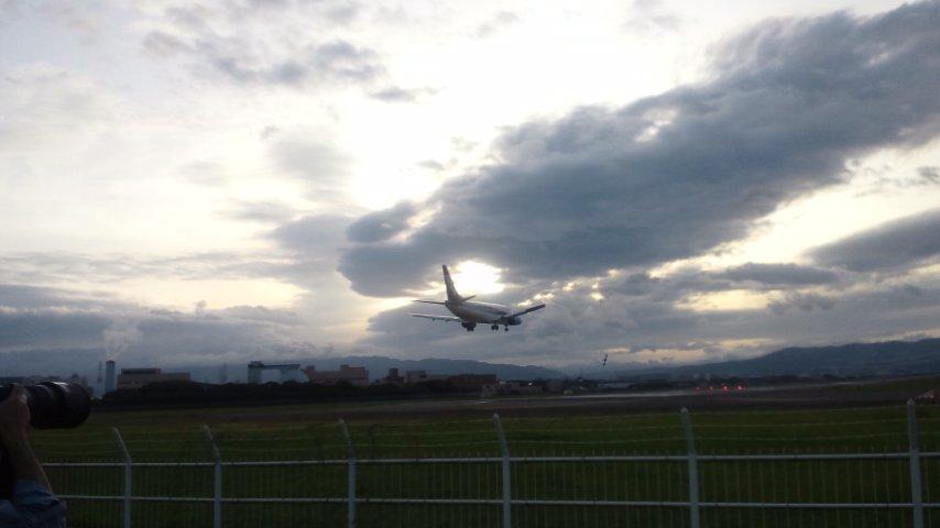 大阪国際空港の巻_a0197623_713528.jpg