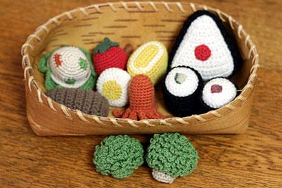 かぎ針編みで作る可愛いおままごとセット
