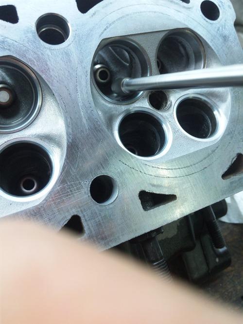 NさんのGPZ900R A12国内 エンジンオーバーホールその4_a0163159_20435922.jpg
