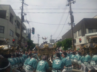 青海神社御神輿担ぎの戦士達どやっ③_b0130512_12345078.jpg