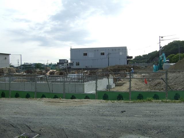 ニトリ広島海田店、建物の工事がはじまる_b0095061_6385741.jpg