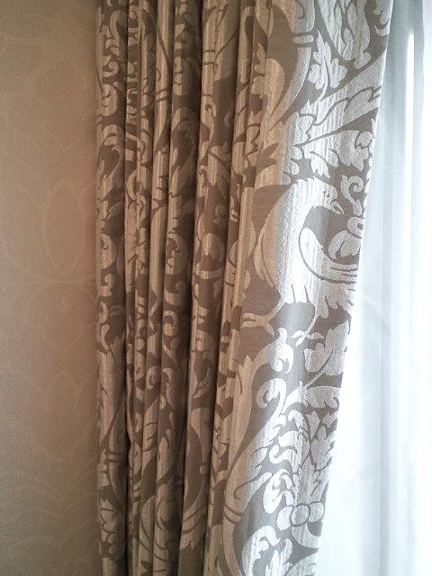 出窓によく合うバルーンスタイル『サンゲツ』_c0157866_21342579.jpg