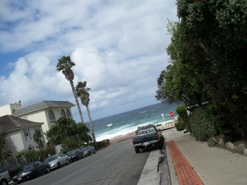 初めてのビーチで○○○@サンディエゴ_e0183383_10352920.jpg