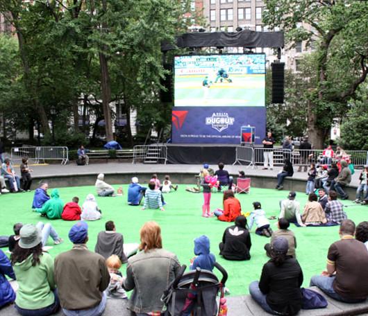 週末のマディソン・スクエア・パークでヤンキース対メッツの野球祭り_b0007805_439180.jpg