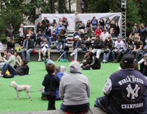 週末のマディソン・スクエア・パークでヤンキース対メッツの野球祭り_b0007805_4392081.jpg