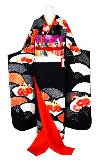 【A-75 振袖】 黒地 鹿の子絞り 扇柄 菊刺繍_e0123712_1825863.jpg