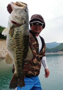 5月25日(Wed) 池原ダム湖の本日の主な釣果・・・_d0204114_101544100.jpg