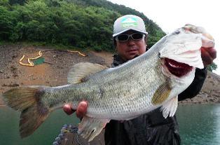 5月23日(Mon) 池原ダム湖の本日の主な釣果・・・_d0204114_937150.jpg