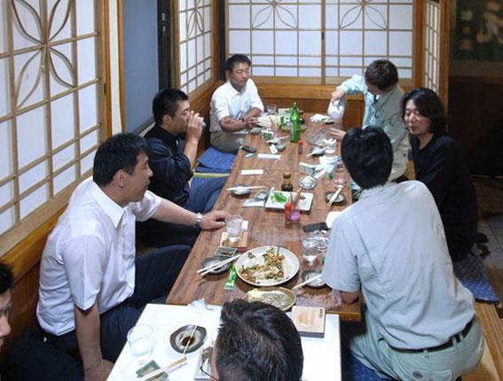 日南飫肥杉デザイン会・平成23年度第2回会議が行われました。_d0225420_221141.jpg