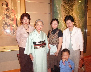 腰を痛めて東京に来れなくなってしまった叔母_d0148223_18501977.jpg