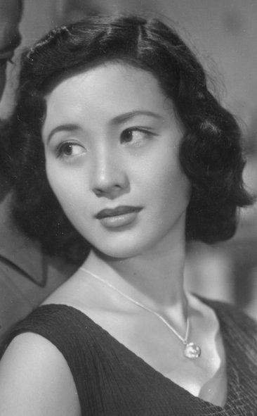 南田洋子 : 昭和を彩った美人女...