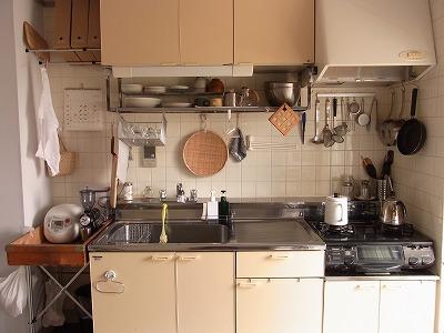 【 キッチンツールの収納 】_c0199166_7574916.jpg