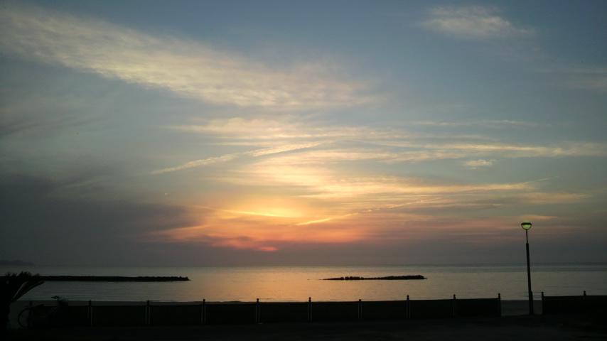 夕日のあと_a0200771_17365348.jpg