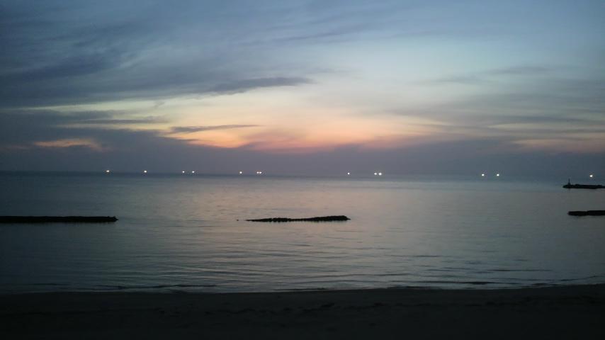 夕日のあと_a0200771_1737687.jpg