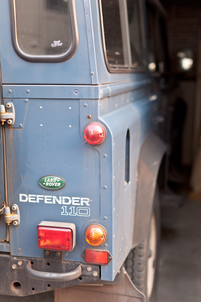 LAND ROVER DEFENDER_b0213320_19574598.jpg