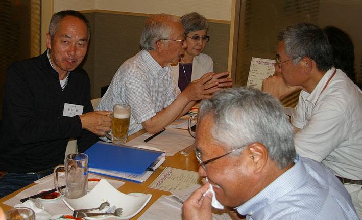 鎌倉如水会サロンで六国見山の手入れをテーマに話題提供_c0014967_814529.jpg