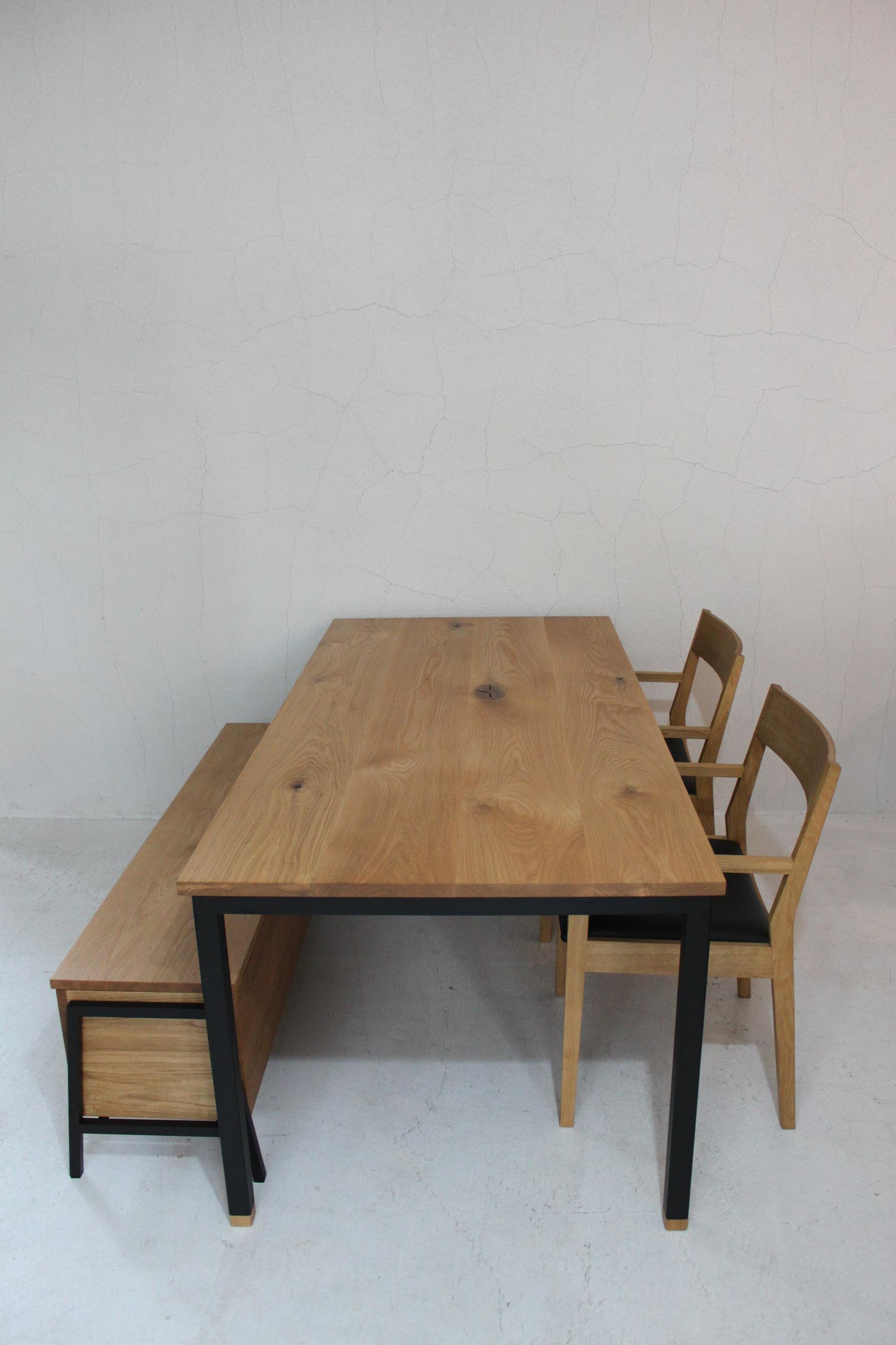 WB DINING TABLE_c0146581_1334163.jpg