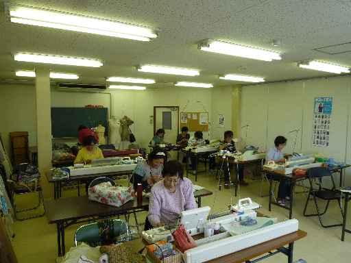 編み物教室(火曜・手編機械編み)生徒さん作品_d0156706_1201680.jpg