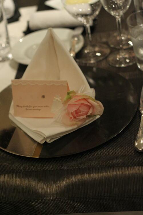 バラとマカロン レースとピンク ホテルフォーシーズンズホテル丸の内様へ_a0042928_2373283.jpg