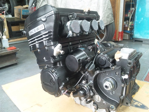 NさんのGPZ900R A12国内 エンジンオーバーホールその5_a0163159_22214065.jpg
