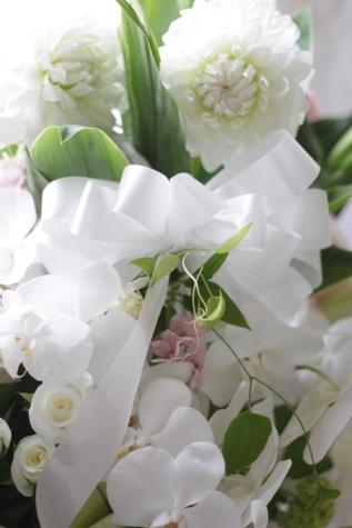 偲ぶお花 アレンジメント_f0213974_9113224.jpg