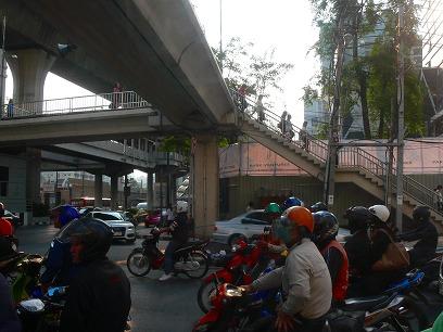 タイ出張2011年04月-週末旅行(I)-アユタヤ(1)-バンパイン宮殿と日本人街跡_c0153302_2231234.jpg