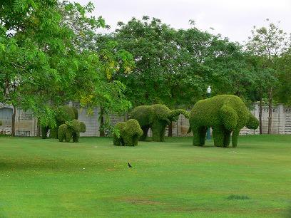 タイ出張2011年04月-週末旅行(I)-アユタヤ(1)-バンパイン宮殿と日本人街跡_c0153302_2285436.jpg