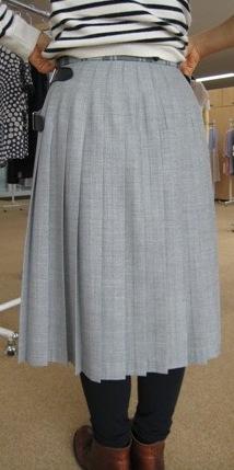 オニールオブダブリン三個ベルトのキルトスカートです。_c0227633_16462359.jpg
