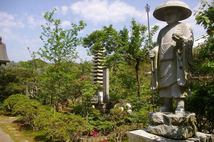 「入正醤油」の菩提寺西福院(東庄町)は牡丹の名所_c0014967_1746203.jpg