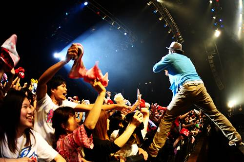 Def Tech、ROCK`A´TRENCH、ナオト・インティライミ出演『Humanglobe Live』が大盛況で開催_e0197970_2112172.jpg