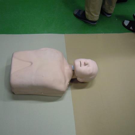 AED避難訓練_d0063218_1029586.jpg