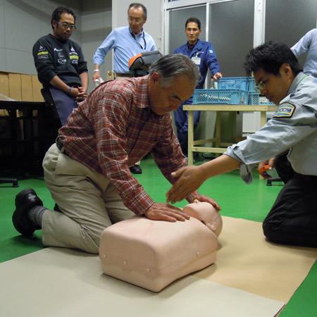 AED避難訓練_d0063218_10415189.jpg