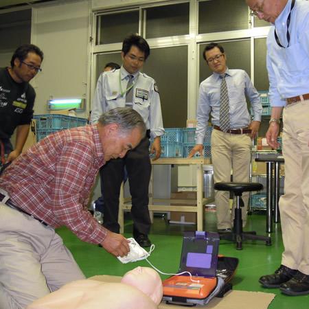 AED避難訓練_d0063218_10475048.jpg