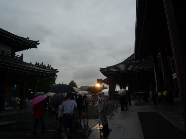 ファッションカンタータ・雨に打たれても楽しく♪_f0181251_16415063.jpg