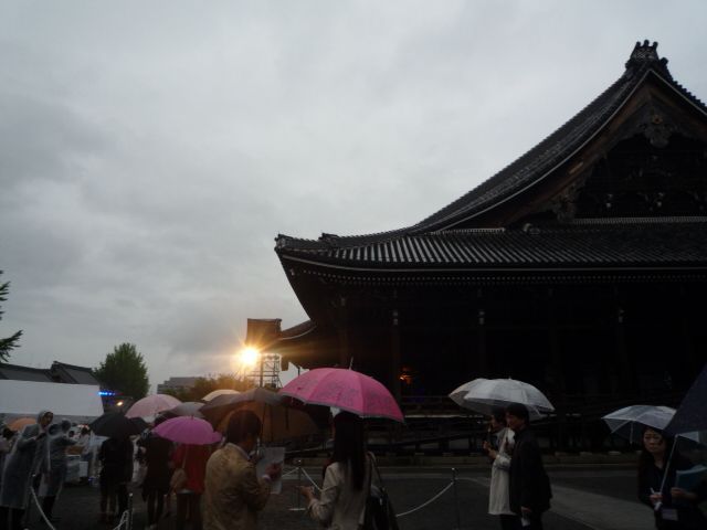 ファッションカンタータ・雨に打たれても楽しく♪_f0181251_16424838.jpg