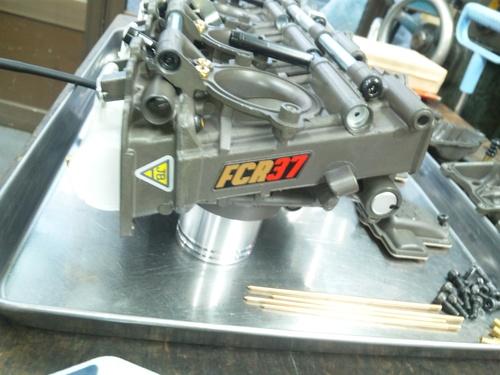 GPZ900RにFCR37装着!・・・セッティングでござる。_a0163159_22214298.jpg