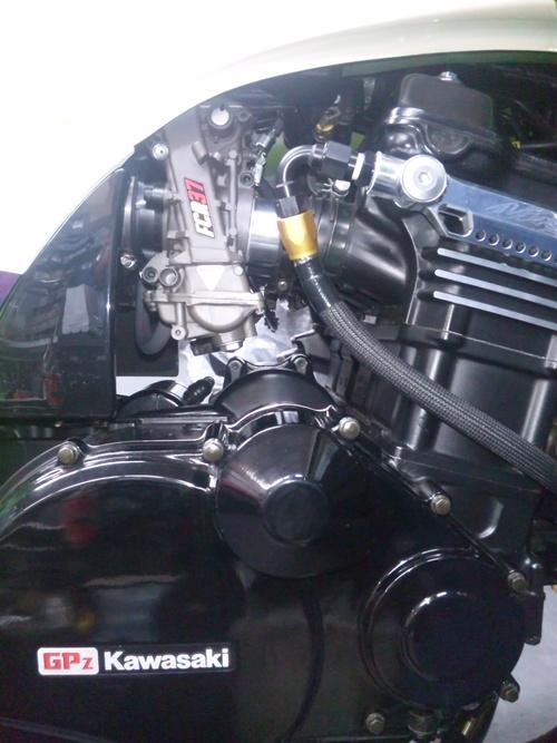 GPZ900RにFCR37装着!・・・セッティングでござる。_a0163159_22234866.jpg